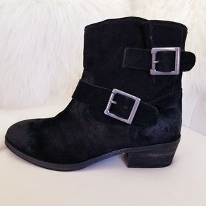 New Seychelles Boot - 2 Buckles and Stacked Heel